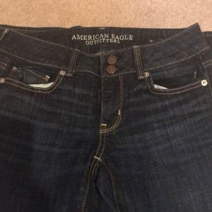 Brand new condition AE crop jeans !!